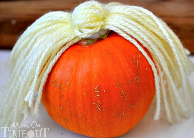 yarn-hair-on-pumpkin