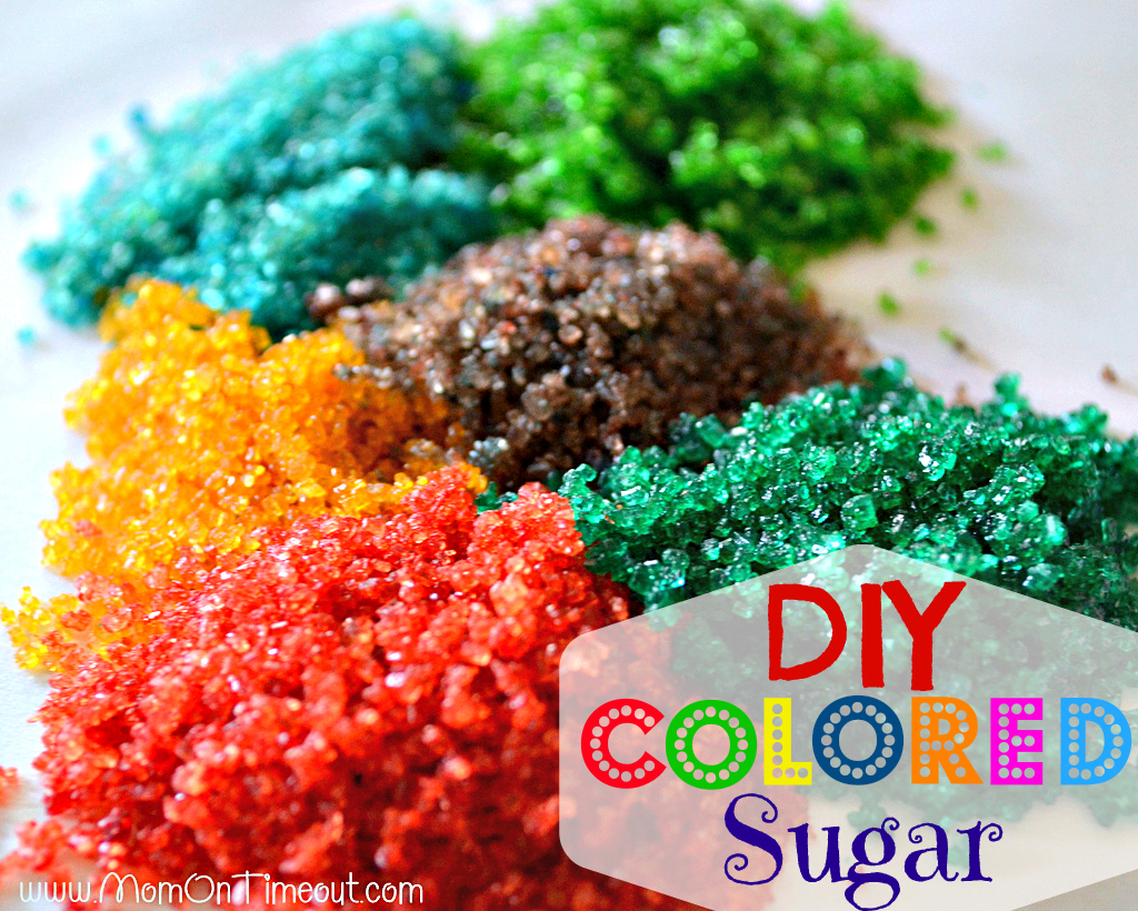 You'll never believe how easy it is to make your own colored sugar at home! This is the a great alternative to buying colored sugar at the store! | Mom On Timeout