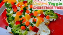 Pull Apart Crescent Veggie Christmas Tree Appetizer