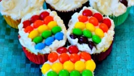 Rainbow_Cupcakes_St._Patrick's_Day