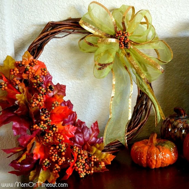 $4 Fall Wreath from MomOnTimeout.com