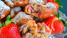 Fresh Strawberry Fritters