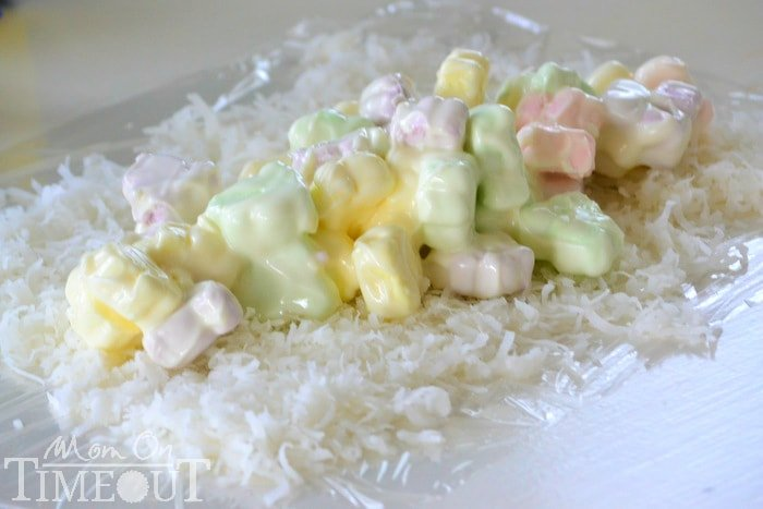 CandiQuik-marshmallows-on-coconut