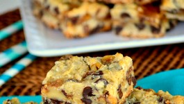coconut-toffee-oatmeal-chocolate-chip-cookie-bars-recipe