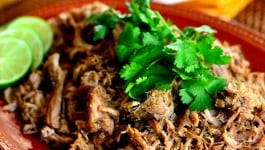 easy-slow-cooker-carnitas-recipe