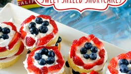 captain-america-recipe-shortcakes-blueberry-strawberry-pound-cake