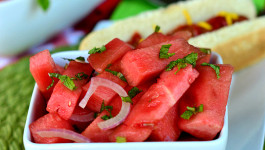 watermelon-salad-mint-balsamic