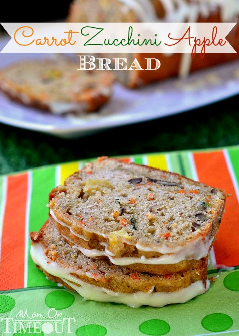 This Carrot Zucchini Apple Bread recipe is incredibly moist and flavorful! Vibrant colors from the carrot, zucchini, and apples makes this bread irresisitble! Sure to be a new favorite! // Mom On Timeout
