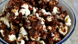 chocolate-caramel-popcorn-recipe