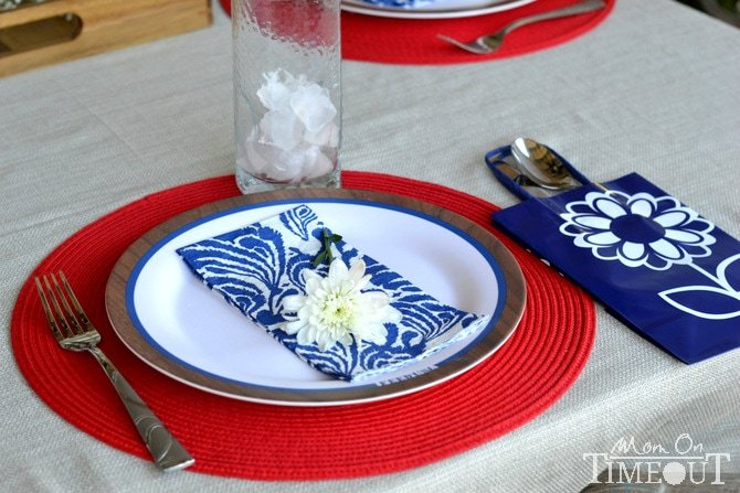 labor-day-place-setting
