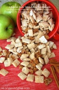 Apple Muddy Buddies