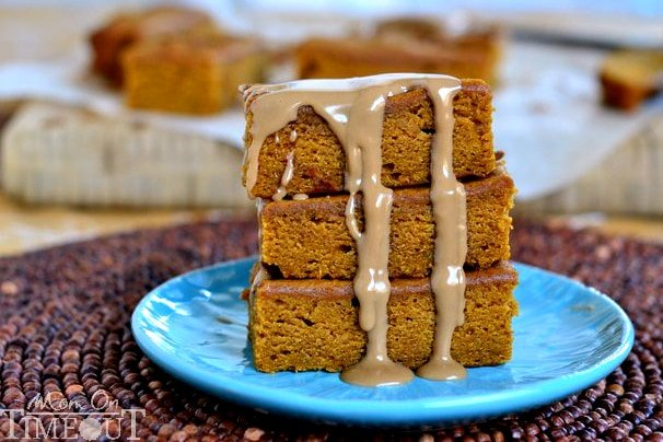 These Pumpkin Ginger Bars are packed with fabulous, vibrant flavors and topped with a sweet maple glaze! | MomOnTimeout.com