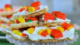candy-corn-sugar-cookie-bark-recipe