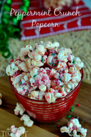 Peppermint-Crunch-popcorn-easy-recipe