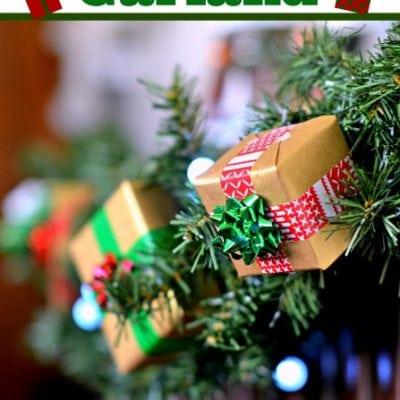 Holiday Gift Garland #ScotchEXP