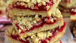 cherry-oatmeal-crumble-bars