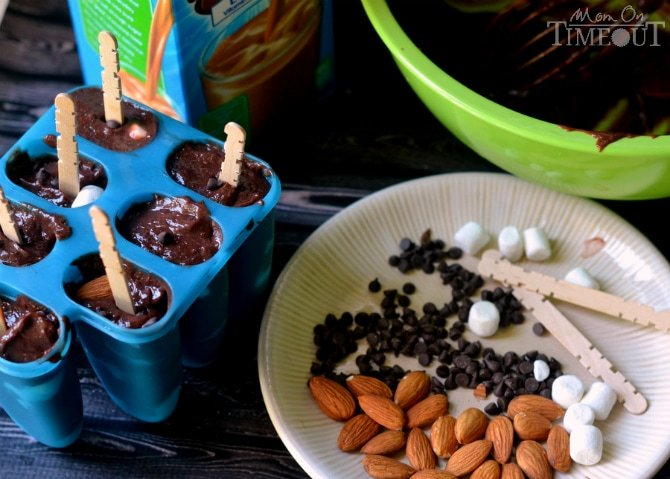 These Rocky Road Pudding Pops are the perfect treat for a summer afternoon!   MomOnTimeout.com