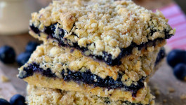 blueberry-pie-oatmeal-crumb-bars