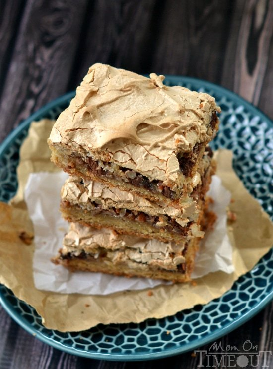 It's hard to resist these gorgeous Brown Sugar Meringue Coconut Cookie Bars! | MomOnTimeout.com
