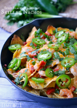 spicy-blackened-shrimp-skillet-nachos-recipe