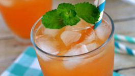 melon-mint-agua-fresca