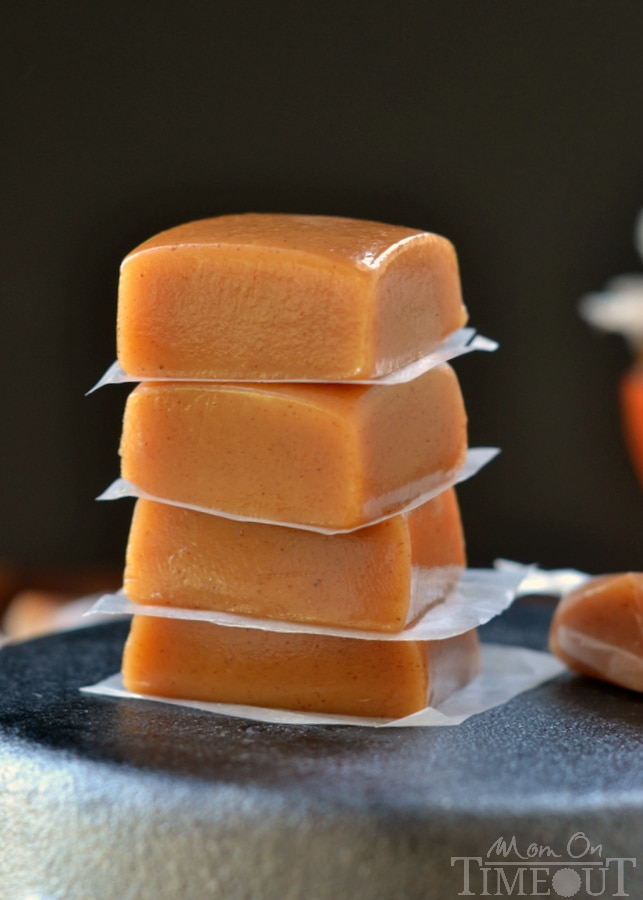 Soft, chewy, buttery, and perfectly spiced, these Pumpkin Spice Caramels are impossible to resist. A fabulous addition to your holiday festivities! // Mom On Timeout
