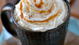 Caramel Vanilla Chai Tea Latte + Applegate HALF TIME Giveaway!