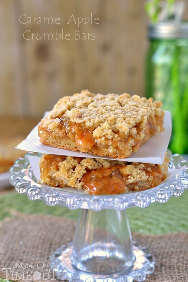 Easy Caramel Apple Crumble Bars | MomOnTimeout.com | #caramel #apple #dessert #recipe