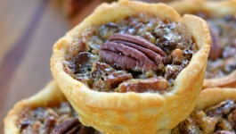 mini-chocolate-pecan-pies-recipe