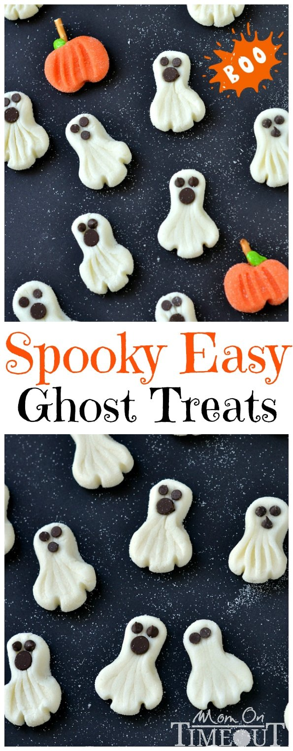These Spooky Easy Ghost Treats can be whipped up in a jiffy and are the perfect candy to share this Halloween! | MomOnTimeout.com | #halloween #candy #recipe #dessert #ghost
