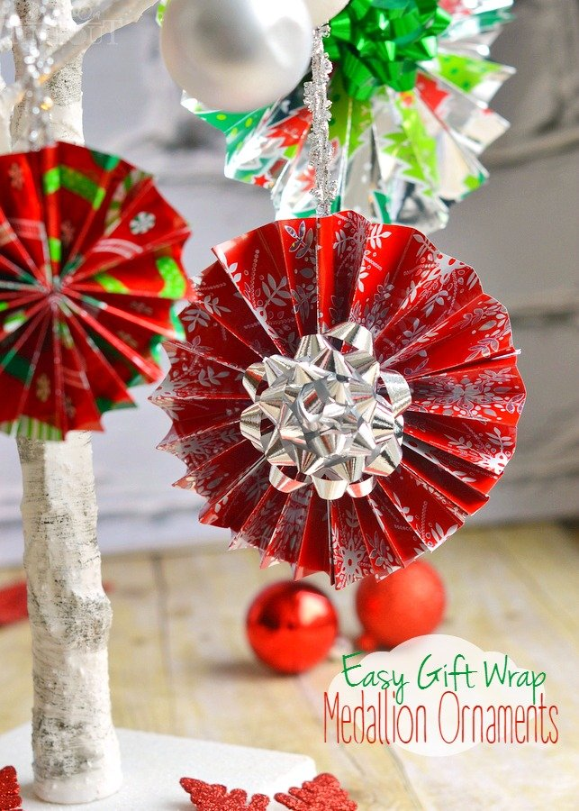 Easy gift wrap medallion ornaments mom on timeout for Easy crafts for christmas presents