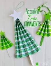 easy-diy-accordion-tree-ornaments
