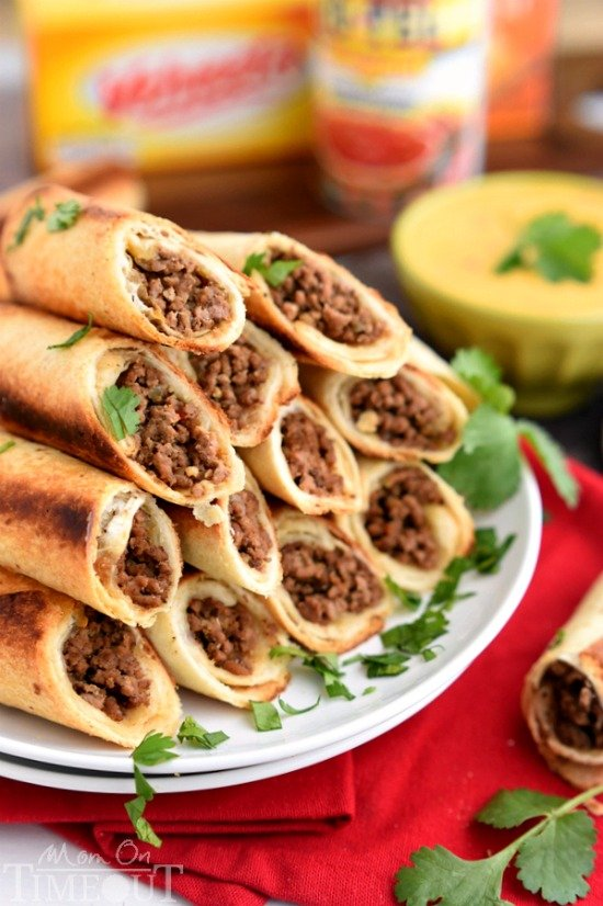 These Baked Beef Flautas with Queso Dip are sure to please the entire crowd at your next party!