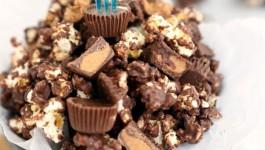 peanut-butter-cup-popcorn-recipe