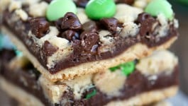 chocolate-mint-fudge-bars-recipe