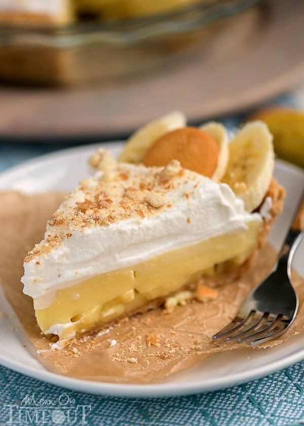 This Easy Banana Pudding Pie recipe is made totally from scratch ...
