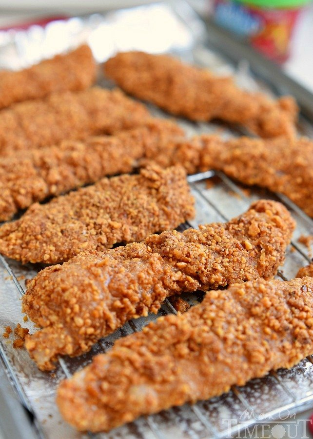 sriracha-almond-crusted-chicken-strips-bake