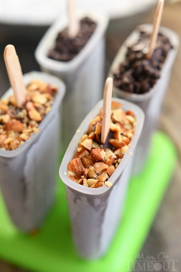 You are going to fall in love with these easy and delicious Mocha Almond Fudge Pudding Pops! Just perfect for hot summer days! | MomOnTimeout.com | #EasyAsBreeze #ad