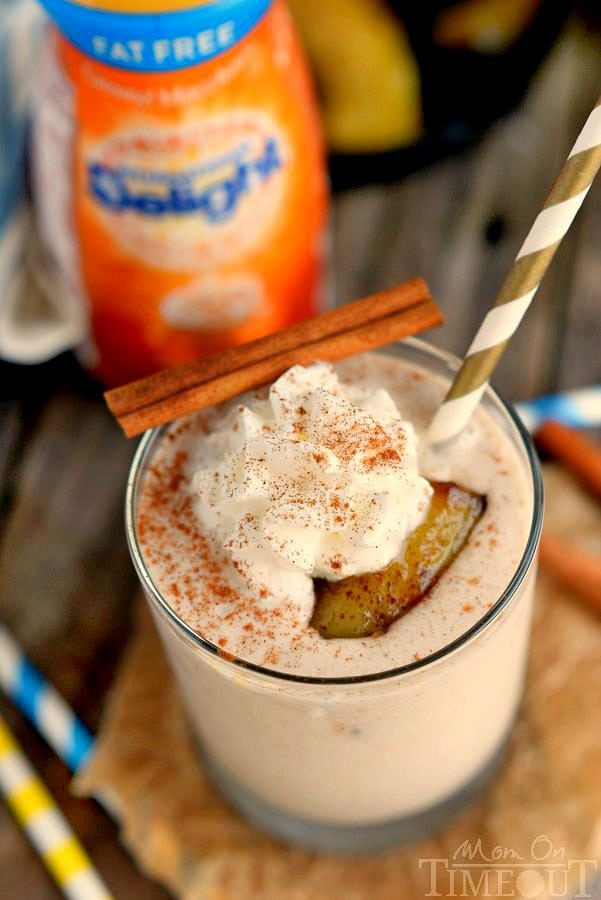 You'll want to wake up to this Bananas Foster Smoothie! Yummy banana and caramel flavors in a protein-packed smoothie - delicious! | MomOnTimeout.com