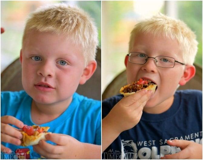 boys-eating-boats
