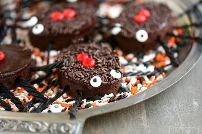 Frightfully delicious and eerily decadent, these Black Widow Brownie Bites are sure to be a HUGE hit at your Halloween party this year!