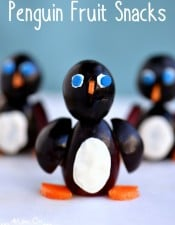 Penguin Fruit Snacks + Giveaway!