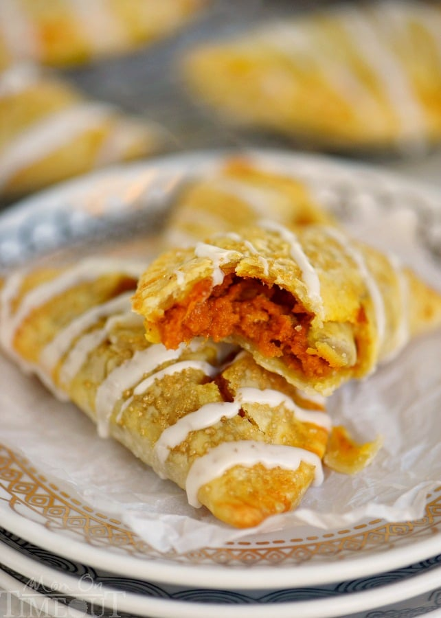 Welcome to your new favorite dessert. These Sweet Pumpkin Empanadas are better than any pumpkin pie you've ever had and are perfect for parties! The filling will blow your mind!