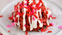 Red Velvet Coconut Macaroons