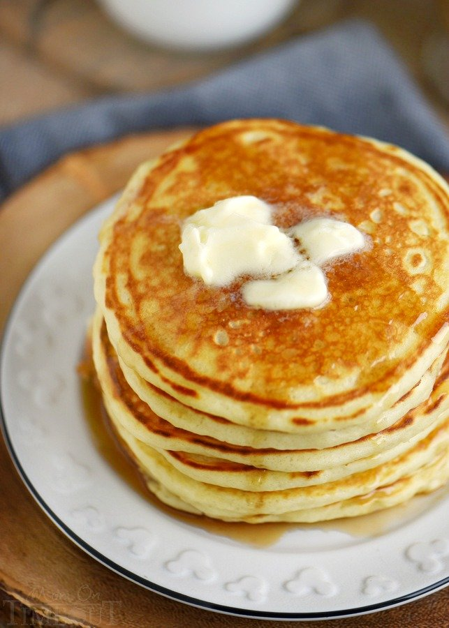 best-buttermilk-pancakes-recipe