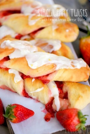 strawberry-twists-lemon-cream-cheese-glaze