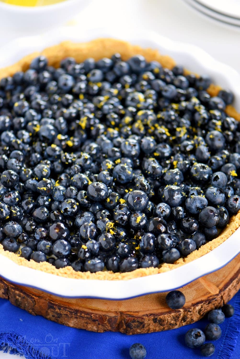 no-bake-cream-pie-topped-with-lemon-zest-blueberries