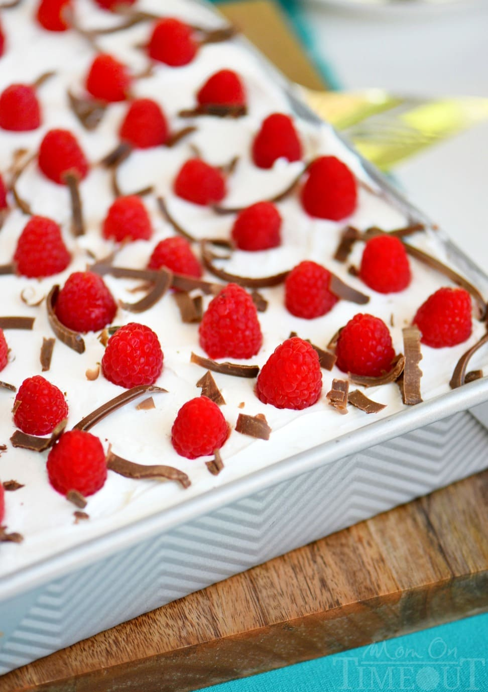 skinny-chocolate-raspberry-icebox-cake-whole