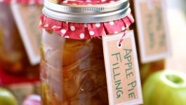 The BEST Homemade Apple Pie Filling