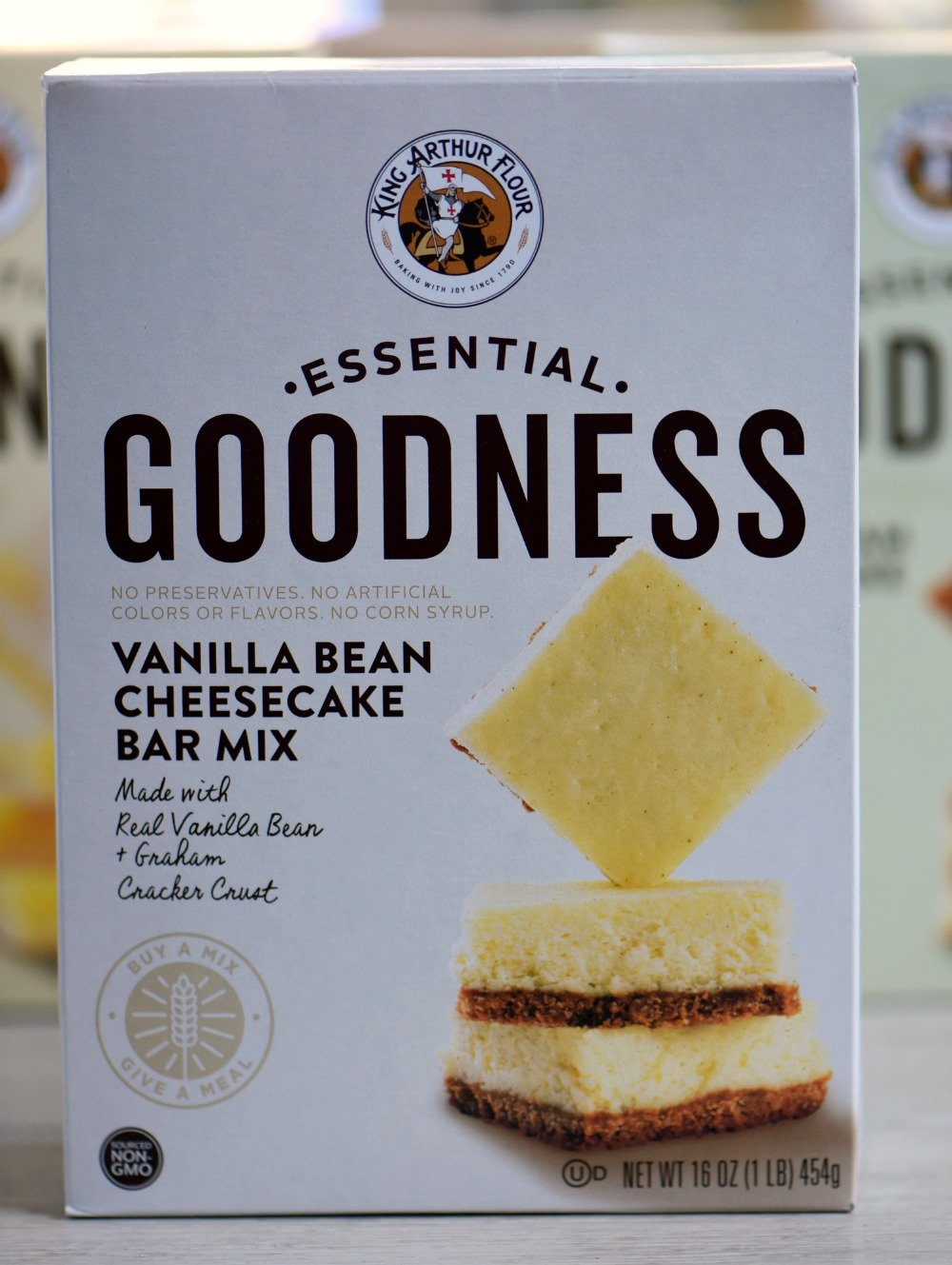 vamilla-bean-cheesecake-bars-box-mix